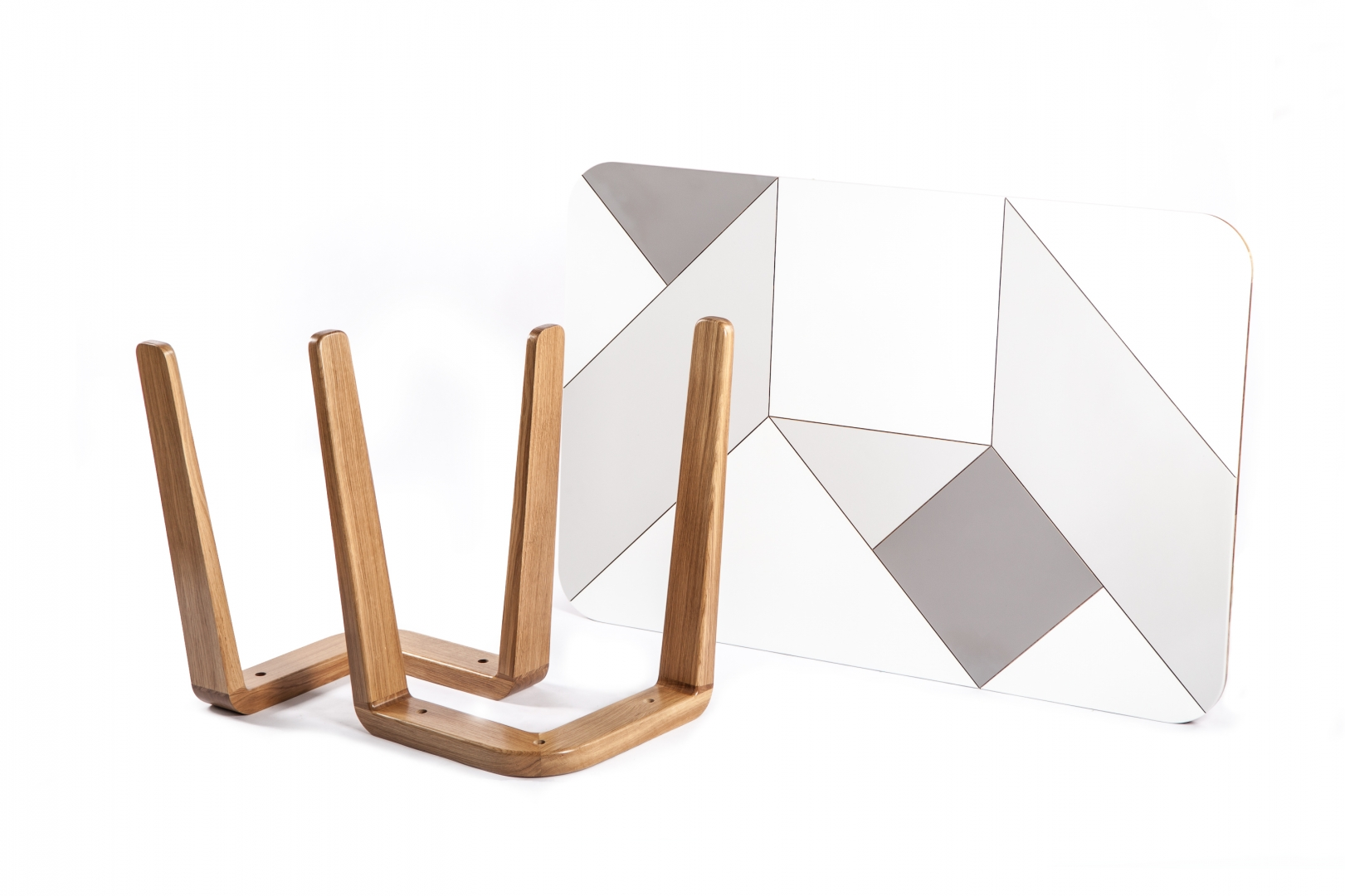 Tangram Table